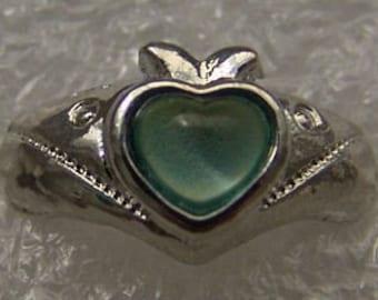 Vintage 1960-70's Fancy Mood Ring 211 Apple Heart