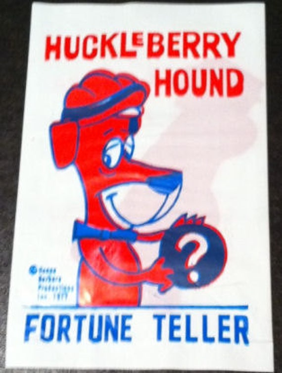 1977 Huckleberry Hound Fortune Teller Novelty Carnival Toy