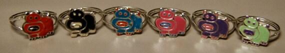1960's Kiddie Gum Machine Ring HIPPO