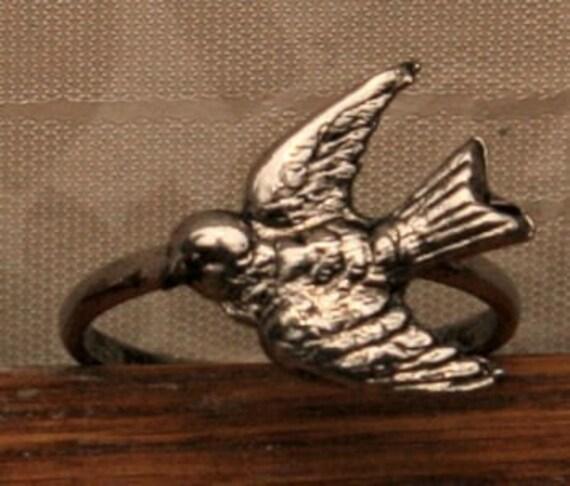 1955-1965 Metal Bird Ring SWALLOW