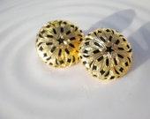 Vintage Earrings Filigree Black Gold Clip Ons