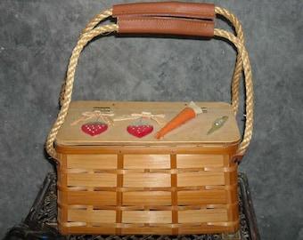 Wood Picnic Basket Purse