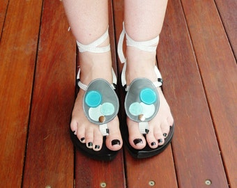 Leather Sandal - My Pick - Attachment - grey oval with blue circles