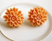 chrysanthemum earrings-orange cream-SALE