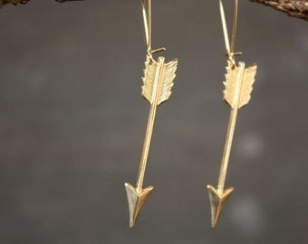 Lover's Arrow Earrings - Cupid Take Aim