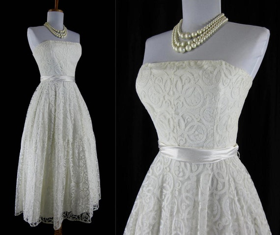 Vintage 1950s 1960s Prom Dress White Swirl Lace By FabVintage