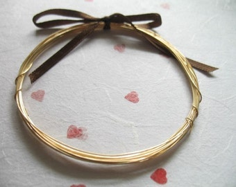 14k Gold Filled Wire 28 gauge / dead soft or half hard, round wire / 10-40 feet wholesale sale.. WGF28..