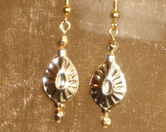 TEARDROP GOLD TONE EARRINGS, gold color dangle earrings, hard to describe, they remind me of an ornament