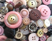 Buttons DAMASK ROSE mix  -  20 new and vintage buttons