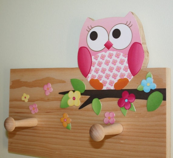 Owls love flowers girls clothes peg rack for kids bedroom baby for Cuartos decorados para bebes