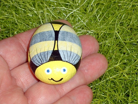 Bumble bee sue bee honey bee painted rock whimsical garden for Bumble bee mural