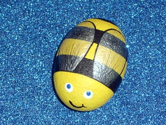 Bumble Bee Sue Bee honey bee whimsical summer garden decor OOAK gift for gardener paperweight  hand painted rocks by Rockartiste on Etsy