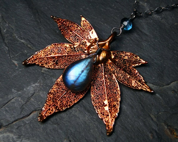 "Labradorite Necklace, Copper Plated Leaf Necklace, AAAA Grade Labradorite - CircesHouse on Etsy, ""Autumnfire"""