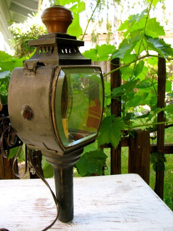 Antique  Horse Carriage Light