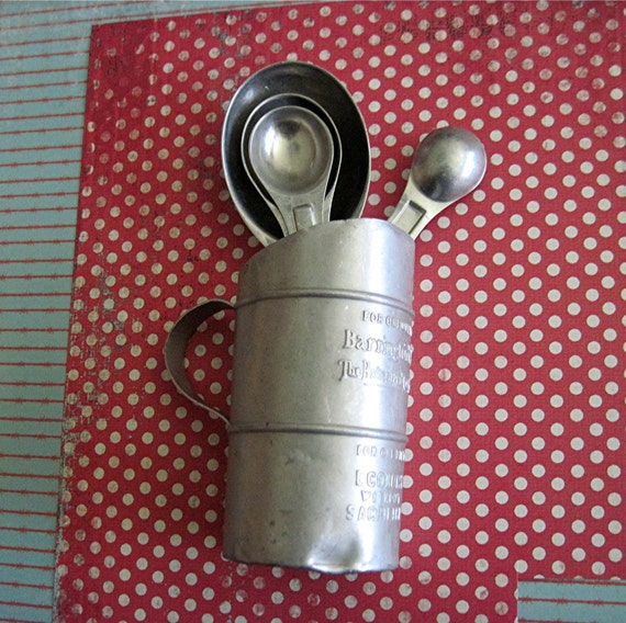 Vintage Aluminum Coffee Measure and  and Measuring  Spoons