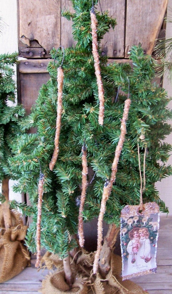 PRIMITIVE GRUNGY CHRISTMAS TREE GLASS GLITTER ICICLE ORNAMENTS SET of 6  ofg team
