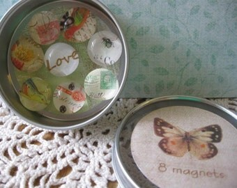 Round Tin with 8 Glass Magnets REDS AND BROWNS