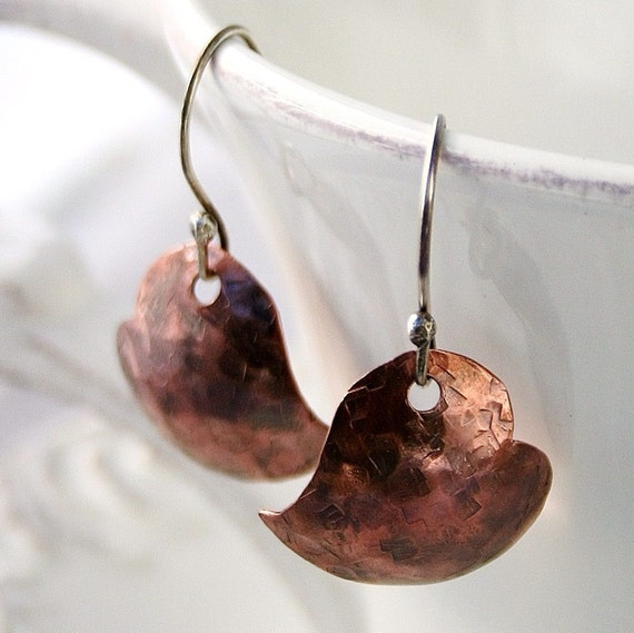 Rustic copper hearts earrings