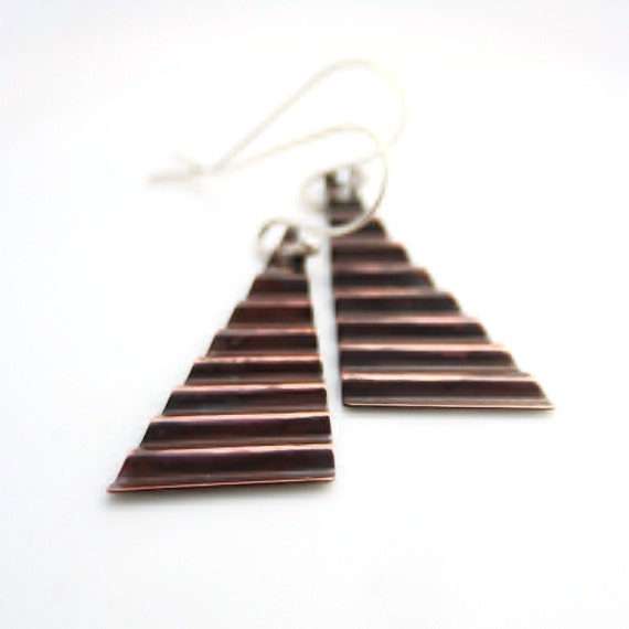Corrugated triangle copper earrings