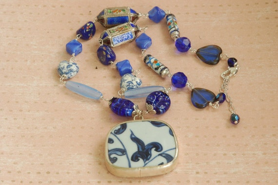 Mix-It-Up Cobalt Blue Chinese Pendant Necklace