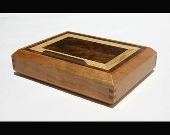 Custom Wooden Jewelry Boxes Made From 100% Reclaimed and Recycled Hardwoods