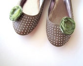 Shoe clips with handmade fabric flowers (set of 2 pcs )-  SAGE GREEN BLOSSOMS