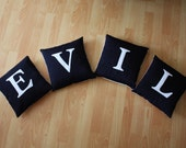 Moody Cushions Set of 4 Black and White