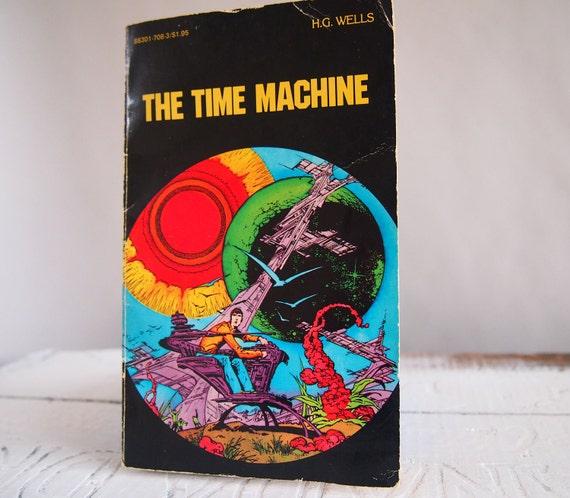 Science Fiction Graphic Novels: Vintage Science Fiction Graphic Novel The Time Machine By H.G