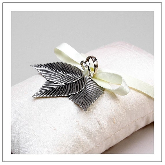 ANTIQUE LEAVES - silver metal leaves on cream silk ring pillow