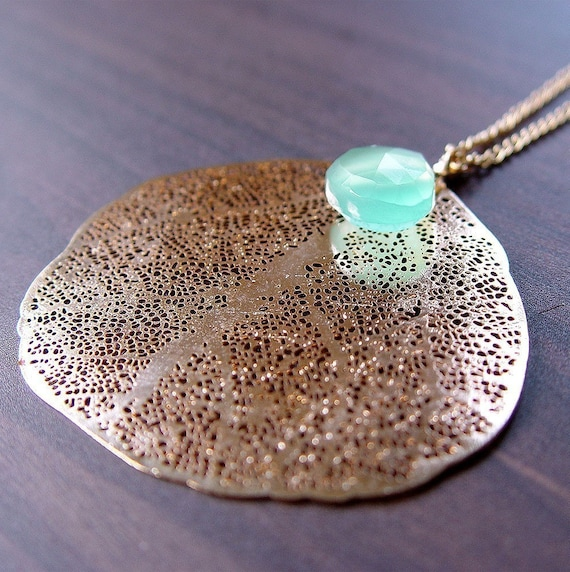 Whimsical Leaf Gold Necklace - In Aqua Chalcedony