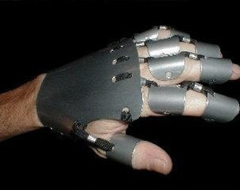 Heavy Metal Gauntlets