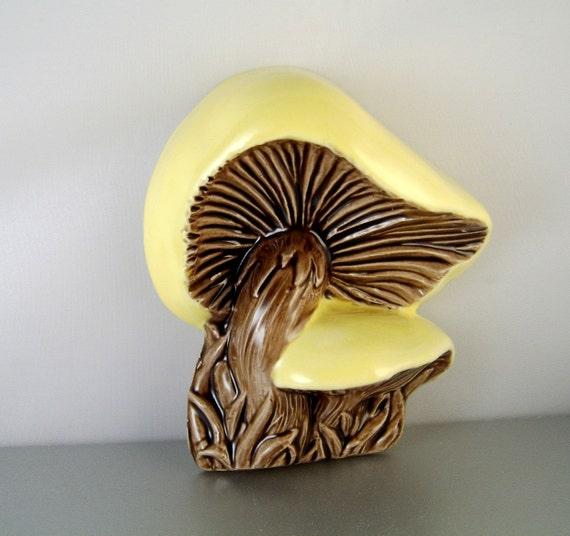 Vintage Duncan Ceramic Mushroom Seventies Wall Plaque