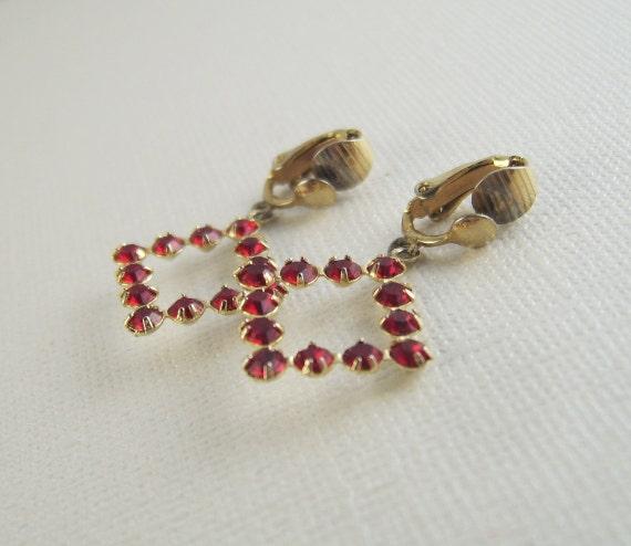 Vintage Ruby Rhinestone Earrings Red Dangles