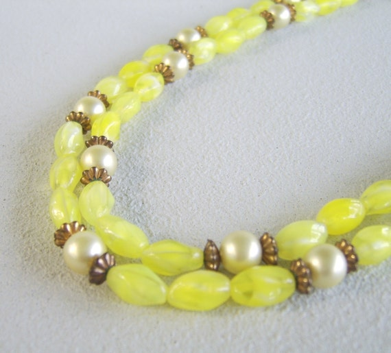 Vintage Yellow Glass Pearl Necklace Bead Strand