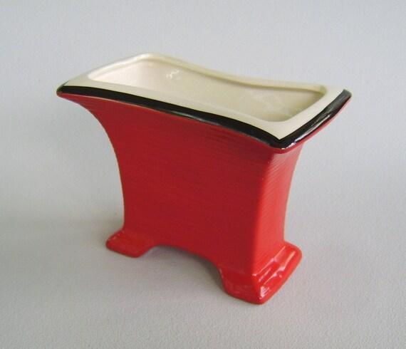 Vintage Oriental Ceramic Vase Chinese Red Black Thirties
