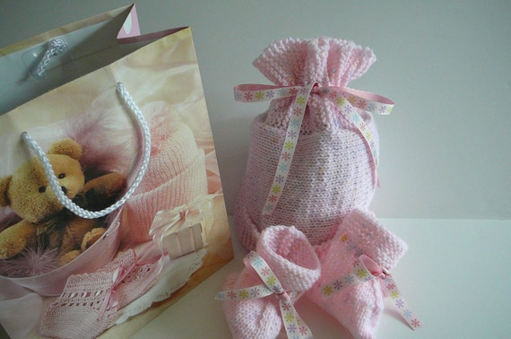 Pink Knit Baby Hat and Booties     READY TO SHIP   Size Newborn to 6 months
