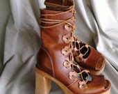 Brown military style gladiator boots, sz. 9-9.5  Steve Madden