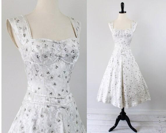 Classic Wedding Dress Satin: Vintage 1950s 50s Wedding Dress // Satin Silver Brocade Gown