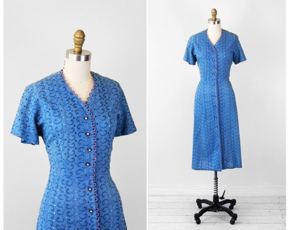 1940s plus size dress / Blue Eyelet Dress with Purple Loops and Rhinestone Buttons