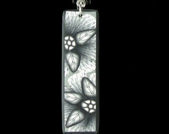 Black & White Polymer Clay Flower Necklace - Polymer Clay Jewelry - Flower Jewelry - Clay Jewelry - Art Jewelry - Gift Idea - Earthy Jewelry