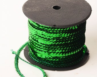10 yards, Emerald Green Single Strand Sequin Trim