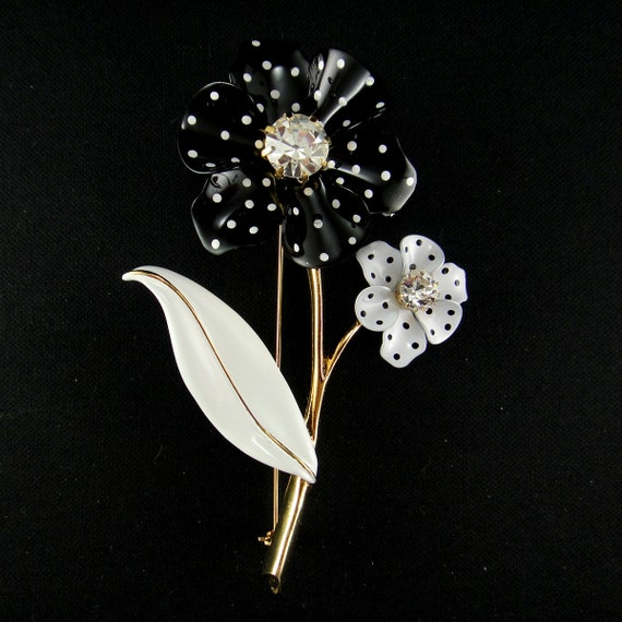 Vintage Enamel Flower Brooch   Black and  White Polka Dot  with Rhinestone Centers and Goldtone Stem