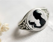 Black and white Girl silhouette ring - Victorian jewelry (R013)