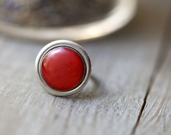 Red Cocktail Ring - Red Cocktail Ring - Adjustable ring - 60s style jewelry - Holiday jewelry (R047)