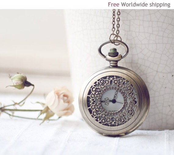 Vintage style Pocket Watch - Alice in Wonderland (PW011)