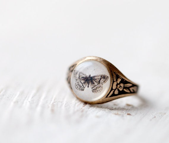 Butterfly ring -Retro jewelry for her - Natural history (R002)