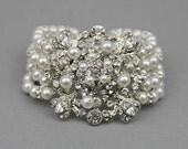 Pearl Bracelet , Wedding Bracelet , Swarovski Pearl Bracelet , Vintage Bridal Bracelet ,Rhinestone Statement Bracelet ,Bridal Jewelry