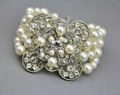 Bridal bracelet, pearl bracelet, vintage style, antique silver, swarovski pearls and crystals, wedding jewelry , vintage wedding