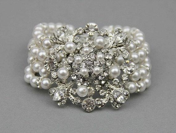 Wedding Bracelet , Pearl Bracelet , Bridal Cuff Bracelet , Vintage Bridal Bracelet ,Rhinestone Statement Bracelet , Bridal Jewelry