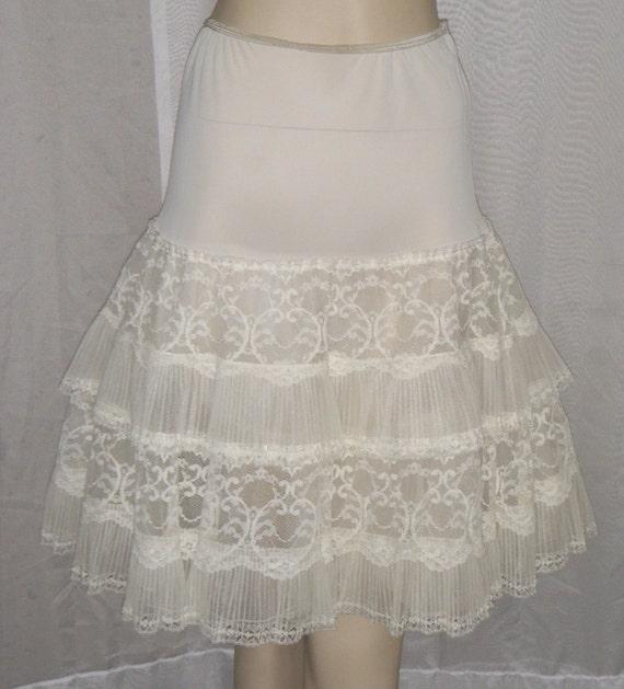 Vintage 1950 S Crinoline Petticoat Nylon Lace Accordian